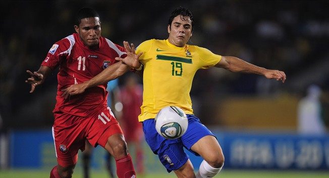 Fun fact: this image is actually from the time Brazil faced Panama in the 2011 U-20 World Cup! It's the best picture I could find, okay?